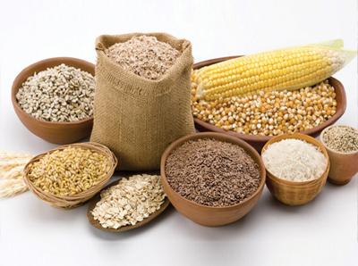Tìm nguồn cung cấp nguyên liệu sản xuất thức ăn gia súc